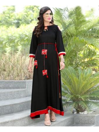 RE - Moiety Black slub rayon embellish stitch kurti